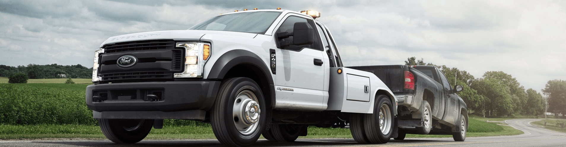 White F-450 Tow Truck